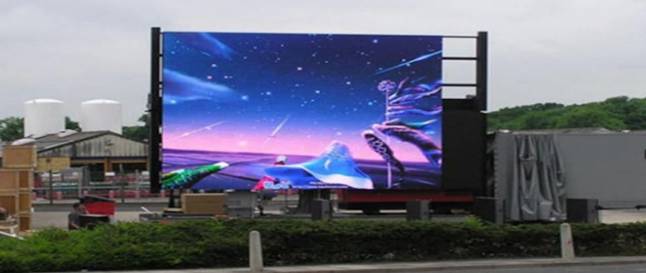 Báo giá màn hình LED P4 trong nhà và ngoài trời giá rẻ 3